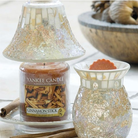 Gold & Pearl Yankee Candle