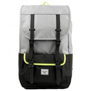 Little America Backpack Pro